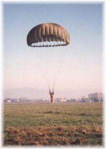 paracadutetondo paracadutisticaserta
