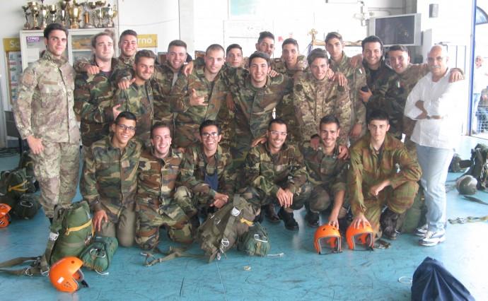 20 nuovi paracadutisti